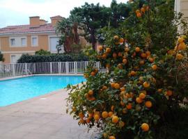 Studio vue piscine, Босолей (рядом с городом Saint-Roman)
