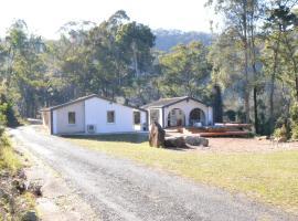 Quiet Rural Retreat with Spa, Lower Mangrove (St Albans yakınında)