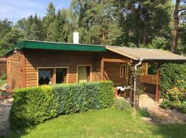 Haus Trollblümchen am Wald und See, Neuruppin (Gnewikow yakınında)
