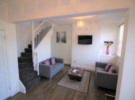 Cromwell - Gorgeous City Centre Town House