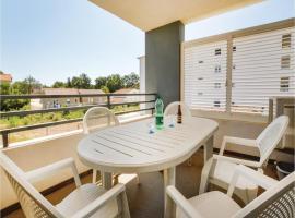 Two-Bedroom Apartment in Moriani Plage San Nico, Ville-di-Paraso (рядом с городом Speloncato)