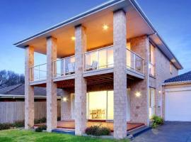 Peninsula Abodes - Family Waterfront Accomodation