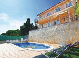 Four-Bedroom Holiday Home in Tordera