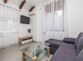 One-Bedroom Apartment in Permani, Permani (рядом с городом Ružići)