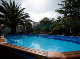Mountain´s House Pool and Sea Views, Канделария (рядом с городом Игесте)