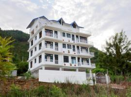 1 BR Boutique stay in Kullu-Manali Highway (4B7C), by GuestHouser
