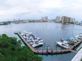 1-802 · Captivating Luxurious 2 BDRM in MIAMI, North Miami Beach