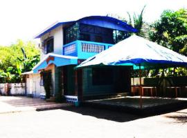 1 BR Farmhouse in Akshi, Alibag (D741), by GuestHouser, Nagaon