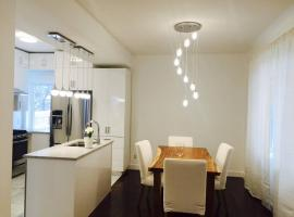 Luxury cozy wonderful 3 bedrroms+2 bathrooms house in the Glebe Ottawa