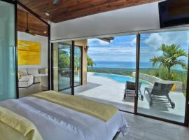Golden Pineapple Villas-Adults Only