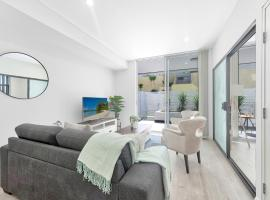Brand new 2 bedrooms terrace with Free parking