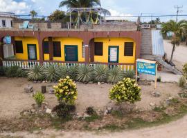 D's Hostel, Dangriga (Coco Plum Cay yakınında)