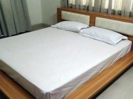 7 BHK Boutique stay in Salt Lake City, Kolkata(7C74), by GuestHouser