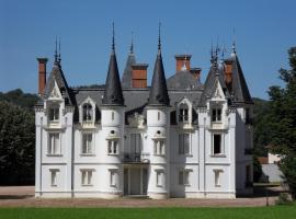 Château de la Motte, Noailly (рядом с городом Melay-sur-Loire)