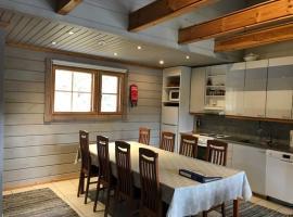 Ylä-Saarikko Holiday Cottages, Kuusa