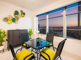 29/F Private Apartment in Iconic Q Resort & Spa. Ocean & River Views