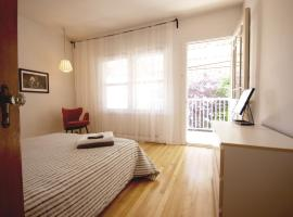 At home in this bright renovated appartement