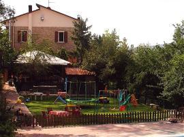 Agriturismo Ca' Isotta, Castello di Serravalle