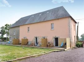 One-Bedroom Apartment in Sainteny, Sainteny (рядом с городом Auxais)