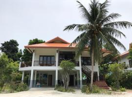 Spacious, luxurious house in the center of Ko Phangan