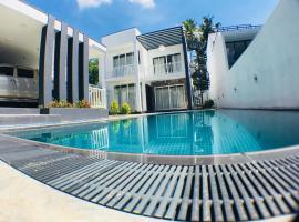 Royal Mansions Luxury Villa