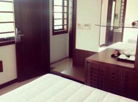 HotelSunday, Ha Long (in de buurt van Tuan Chau)