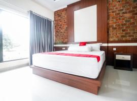 RedDoorz Plus near Kualanamu Airport