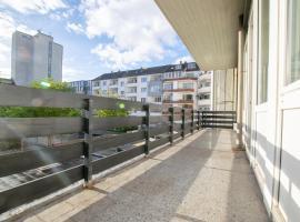 Tolstov-Hotels XXL 4 Room City Apartment
