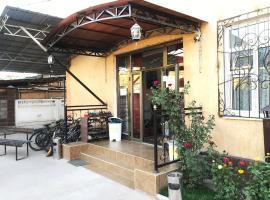 Apple Hostel Bishkek