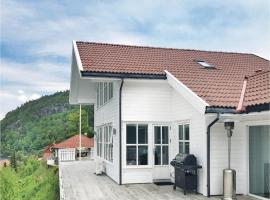 Four-Bedroom Holiday Home in Lindesnes, Gare