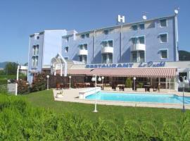 INTER-HOTEL Cluses Ouest du Faucigny, Сьонзье (рядом с городом Cluses)