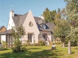 Holiday home Rue De L'Armor, Lanvollon (рядом с городом Treguidel)