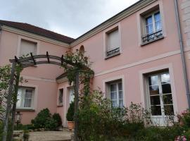la maison du saussoy, Saint-Augustin (рядом с городом Touquin)