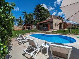 Holiday Homes in Visnjan/Istrien 9897, Вишнян (рядом с городом Kolumbera)