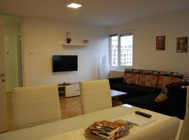 Niko-Max Apartment