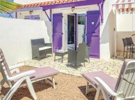 Two-Bedroom Holiday Home in Faute sur Mer, La Faute-sur-Mer (рядом с городом Les Mouettes)