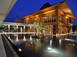 Djoglo Luxury Bungalow, Karanglo