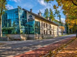 Hotel Murowanica