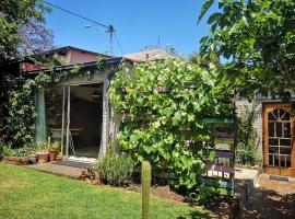The secret garden cottage