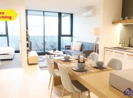 Stylish Apartment in Landmark building (V303)