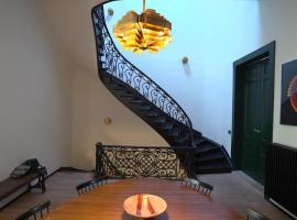 Maison Serafino