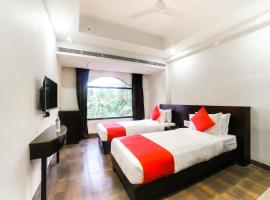 OYO 16096 Flagship Purushottam Hotel