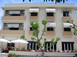 Hotel Naviglio, Marina di Pietrasanta (Fiumetto yakınında)