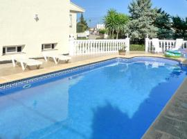 house with 3 bedrooms in calp, with wonderful sea view, private pool, furnish...