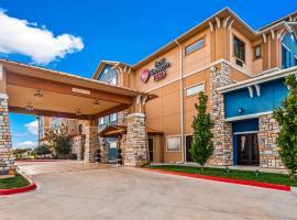 Best Western Plus Emerald Inn & Suites, Garden City