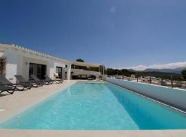 Cala Bassa Villa Sleeps 10 Pool Air Con WiFi