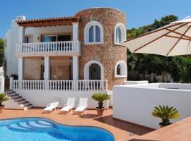 Cala Vadella Villa Sleeps 6 Pool Air Con WiFi