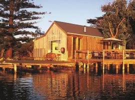 Boathouse & Birks River Retreats, Goolwa (Currency Creek yakınında)