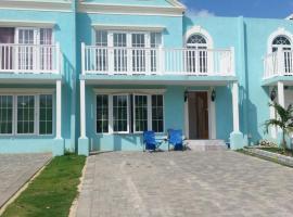 Chan Villa , 42 Little Bay Boulevard, Orange Bay