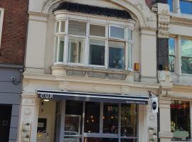 La Baguettes BnB and Cafe